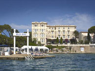 belle_rives_antibes with booking.com