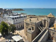 chateaubriand-st-malo with booking.com