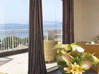 helios_antibes with booking.com