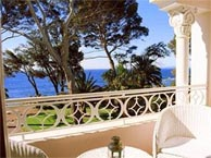 seaside hotel saint raphael. Black Bedroom Furniture Sets. Home Design Ideas